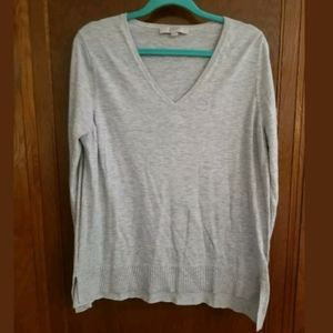 LOFT Gray V-Neck Sweater Size XL